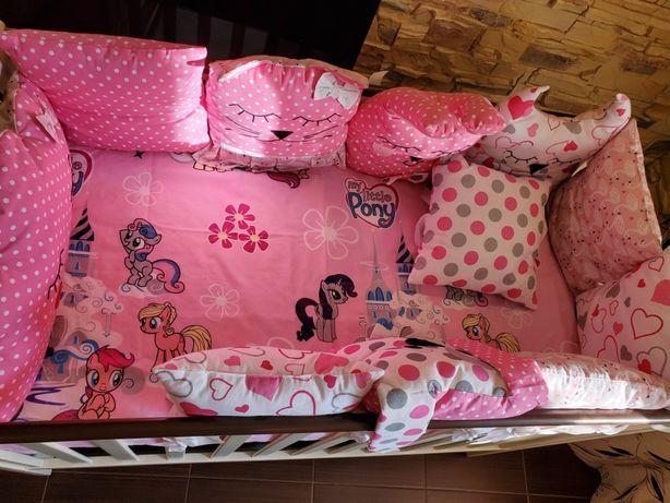 Детская кроватка Twins Pinocchio +матрас+набор подушек