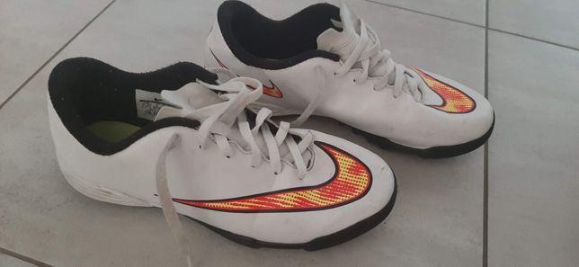 Buty piłkarskie NIKE TuRFY, rozmiar 38