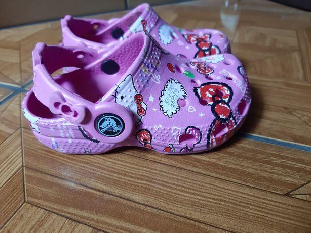 Crocs HELLO KITTY rozm.20/21 C 4 5 różowe crocsy jak nowe