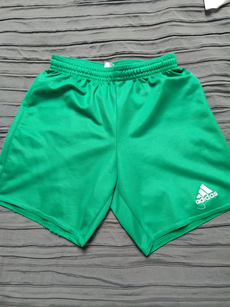 Spodenki piłkarskie Adidas r. 134-140