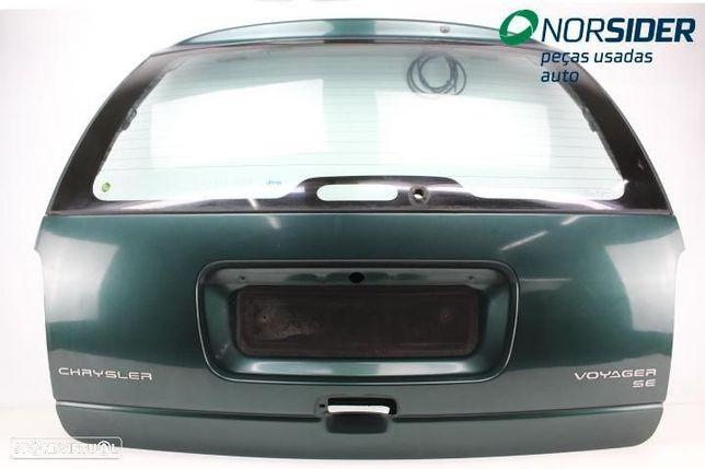 Tampa da mala Chrysler Voyager|97-01