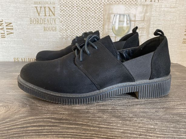 Женские туфли замшевые