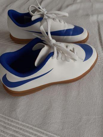 Halówki Nike r. 31,5 czyli 19,5cm