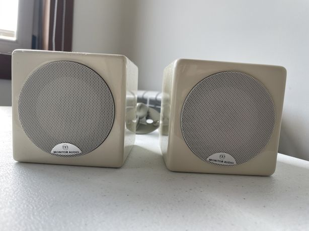 Colunas Monitor Audio 45