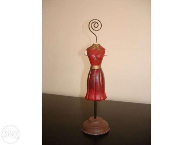 1 Busto de boneca em cerâmica