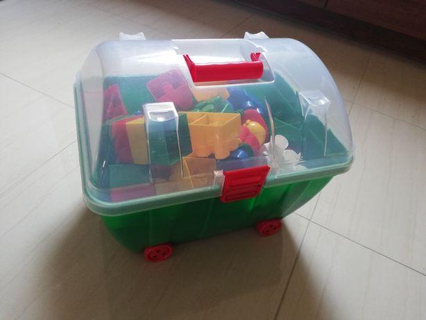 Zestaw klocków w kuferku
