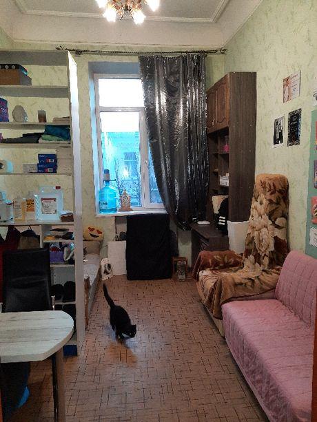 Продам комнату 12м2 в самом центре ул Ярослава Мудрого
