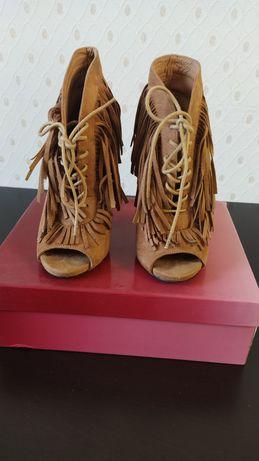 Ботиночки женские замшевые