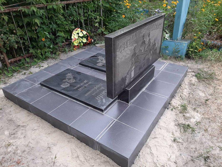 Обделка памятников плиткой. Красный Лиман - изображение 1
