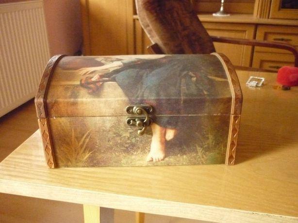 Kuferek skrzynka puzderko przybornik duży malowana