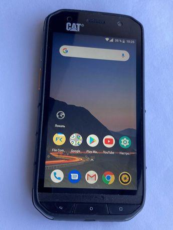 защищённый американский смартфон CAT S48c