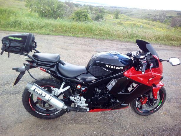 Hyosung GT250R EFI