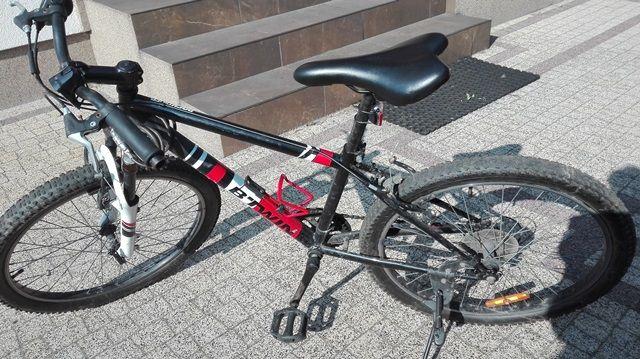 Młodzieżowy rower Rockrider 500 b'twin Decathlon 24''