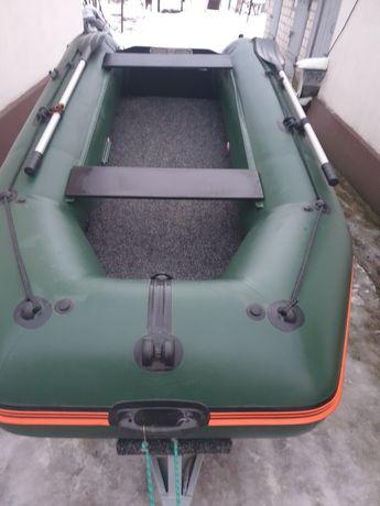 Продам лодку пвх колибри 330 КМ