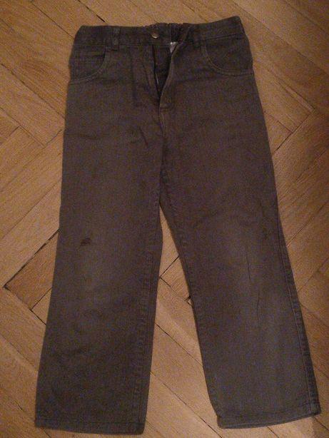 Szare spodnie jeansowe na 7 lat, 122 cm