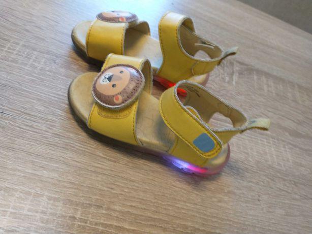 Sandały sandałki świecące dziewczęce 22 Reserved