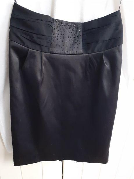 Spódnica ołówkowa czarna Reserved r.34