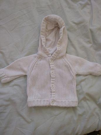 Вязанная кофта для малыша