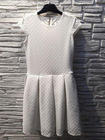 Śliczna biała sukienka 140-146