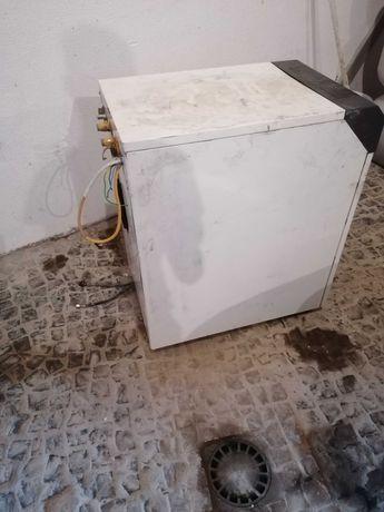 Caldeira a gasóleo+depósito de 1000 litros