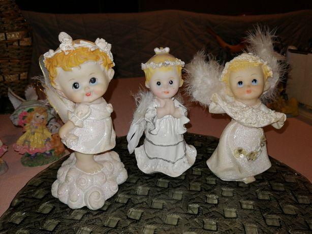 Zestaw 3 figurek aniołków