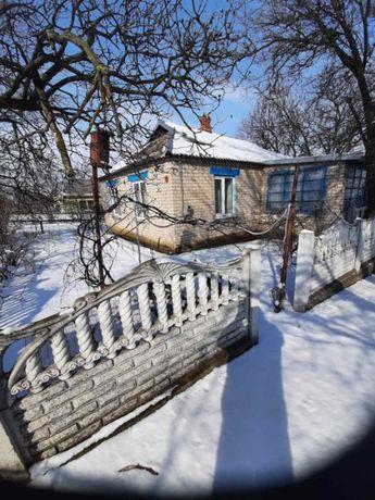 продам дом общаяплощадь- 80.2м,летняя кухня- 28.3м,сарай-16.2м,погреб-