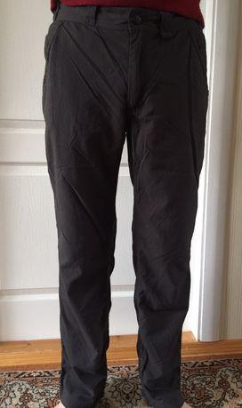 Продаю трекинговые брюки Hogløfs