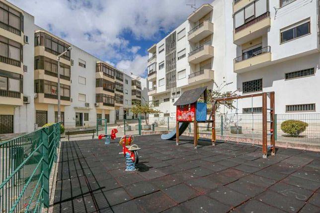 Apartamento T3 com garagem Odivelas