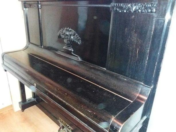 Piano vertical alemão Rheinberger