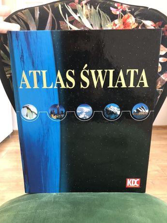 Duży atlas świata.