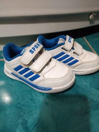 Дитячі  білі кросівки
