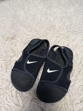 Nike, Adidas ( цена за две пары )