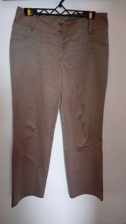 Spodnie 44 beżowe
