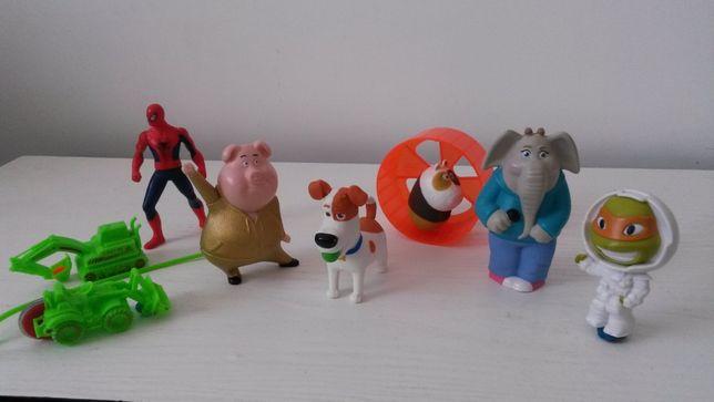 Игрушки из разных мультфильмов, от 2 до 7 лет