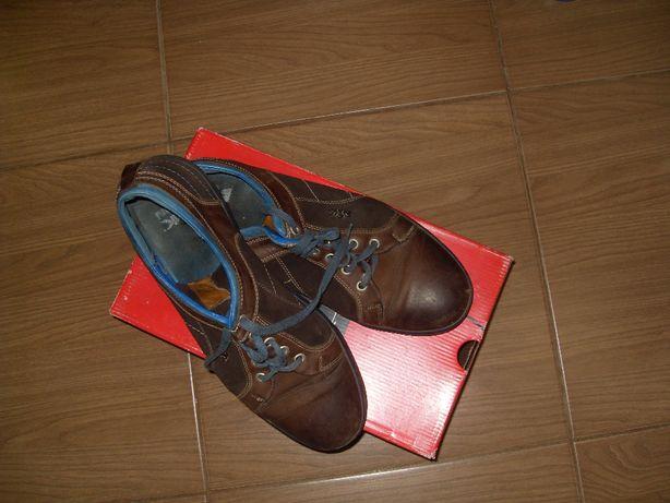 Кроссовки 44 размер