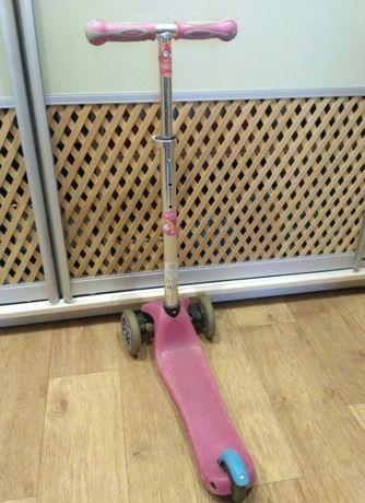Самокат Globber розовый, для девочки 3-6 лет