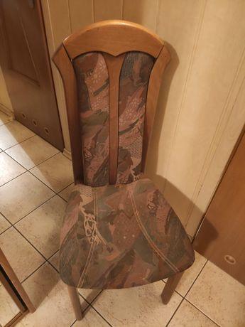 4 solidne krzesła tapicerowane