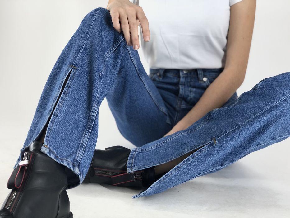 Трендовые прямые джинсы с разрезом straight leg Черновцы - изображение 1