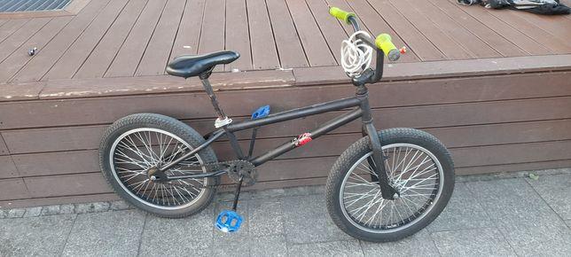 rower typu bmx..