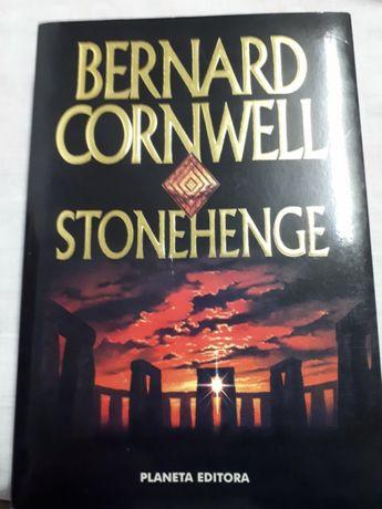 """""""Stonehenge"""" de Cornwell"""