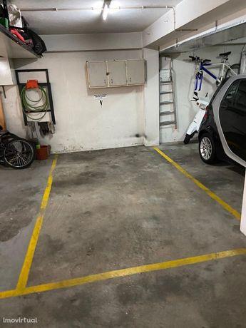 Lugar de Garagem Quinta das Rosas
