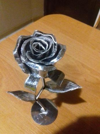 Роза из железа нержавкйка