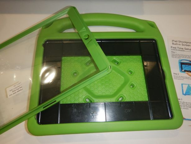 Nowa obudowa ze stojakiem na iPada