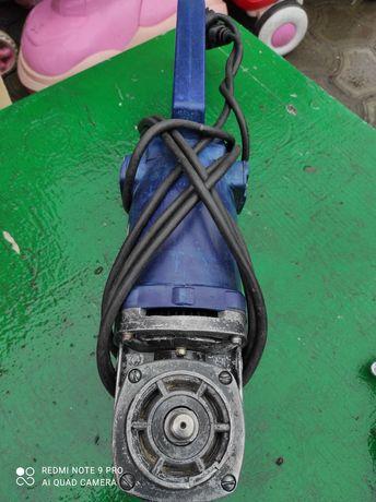 Болгарка 230 мм Кировка под ремонт или запчасти