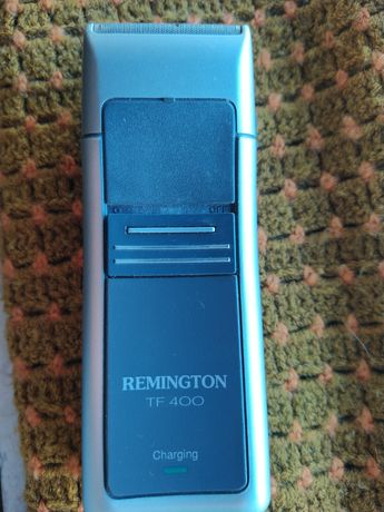 Máquina de barbear Remington modelo TF 400 usada