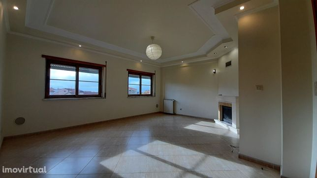 Apartamento T1 Duplex – Centro de Mafra