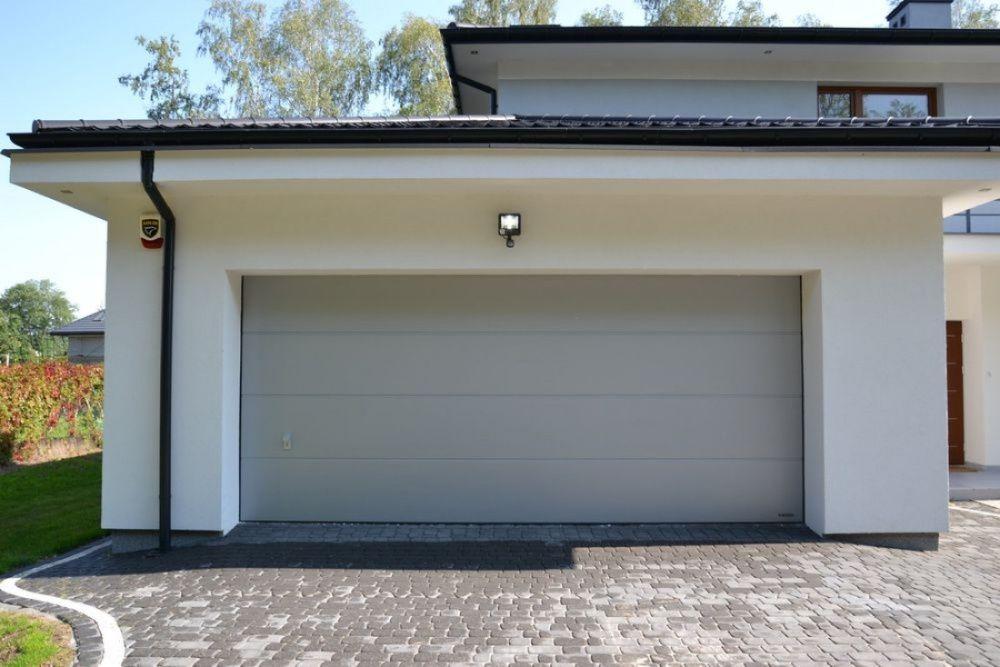 Producent Brama garażowa segmentowa Bramy garażowe przemysłowe Automat
