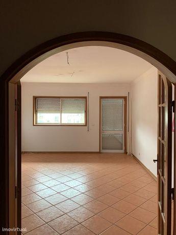 Apartamento T2 Venda em Águeda e Borralha,Águeda