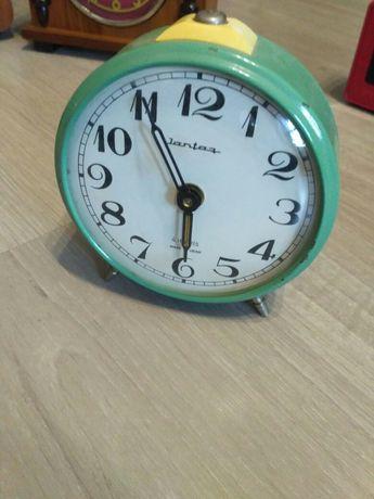 Часы будильник Янтарь