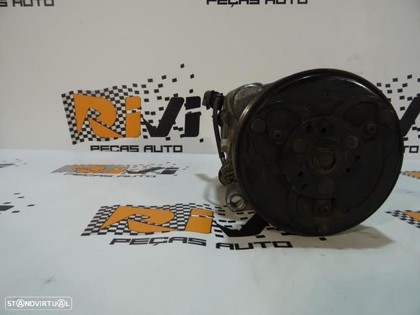 Compressor Do Ar Condicionado Volkswagen Golf Iv (1J1) 1J0820903j / 1